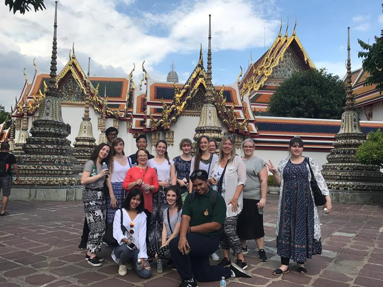 Wat Pho Temple Group shot
